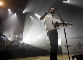 REVIEW: Frank Turner at Portsmouth Guildhall